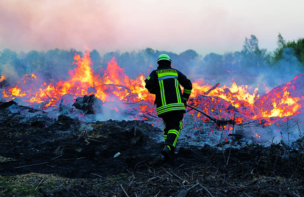 Schlauchmanagement bei der Waldbrandbekämpfung