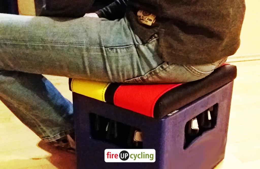 fireUPcycling - Sitzauflage aus Feuerwehrschlauch